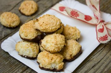 Coconut Cookies With Strawberry Frosting
