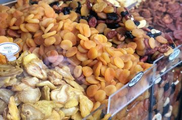Five-Grain Cereal With Apricots