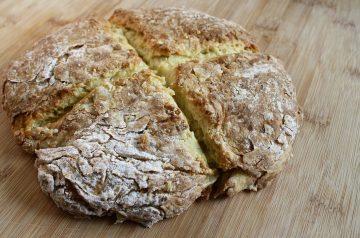 Applesauce Irish Soda Bread