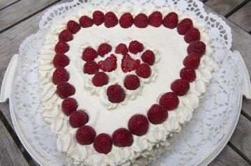 Cream Cheese-Raspberry Cake