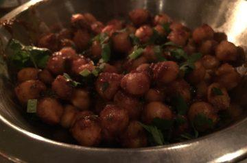 Tava Chana ( Indian Spicy Garbanzo Beans)