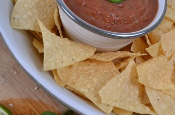 Quick and Easy Salsa With Black Beans and Corn