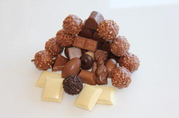 Scotchy Chocolate Pecan Candy