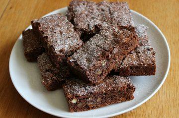 Butter Pecan Cake Brownies