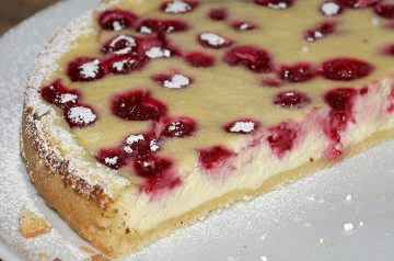 Classic Cheesecake Baked in a Water Bath