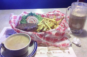 Lee's Family Diner Becky Burger - Copycat