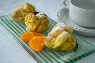 Ekmek Kadaifi (Pastry Topped With Custard and Whipped Cream)