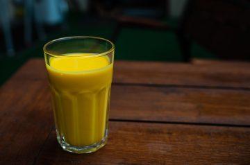 Emeril's Mango Lassi