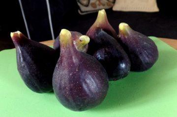 Figs Stuffed With Cinnamoned Eggs