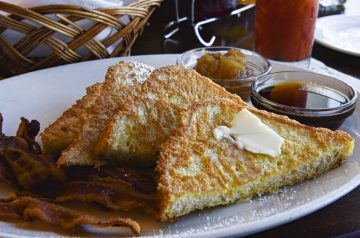 Niagara Peach and Blueberry French Toast