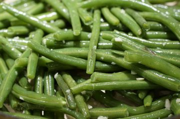 Green Beans With Lemon and Browned Garlic