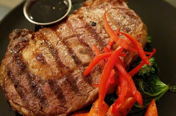 Grilled Sirloin Steak With Olive Sauce