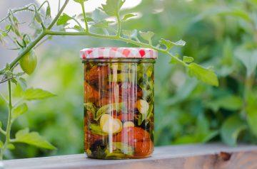 Homemade Sun-Dried Tomatoes-Microwave