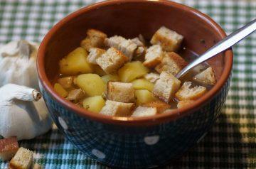 Low-Fat Roasted Onion-Garlic Soup