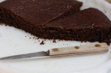 Molasses Cake (gingerbread)