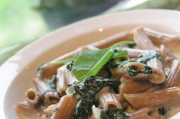 Giada De Laurentiis's Penne With Spinach Sauce