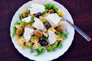 Pasta With Greens and Feta