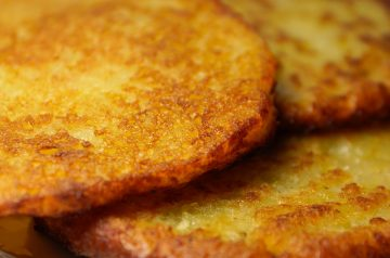 Potato pancakes with avocado salsa