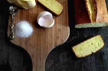 Toasted Pound Cake With Mascarpone and Amaretto