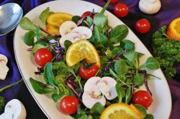 Mixed Green and Mandarin Orange Salad