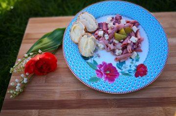 Yummy Beet Salad With Raspberry Dressing