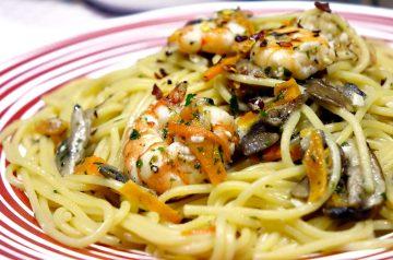 Pasta With Garlic and Oil (Aglio E Olio)