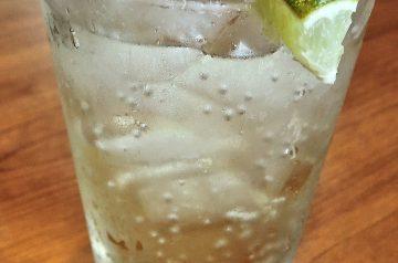Sparkling Homemade Ginger Ale