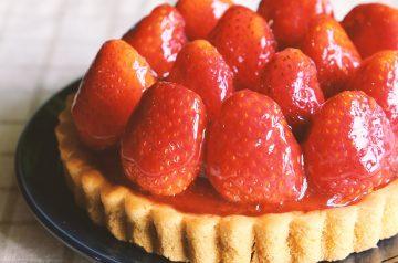 Quick 'n Easy Strawberry Orange Tart