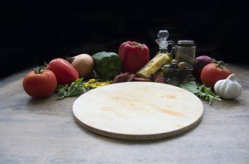 Easy Mushroom Garlic Polenta Pizza