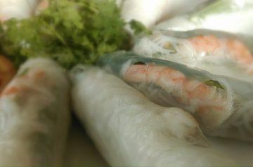 Vietnamese-style Rice Paper Rolls