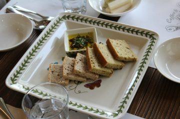 Ch-Easy Golden Garlic Bread