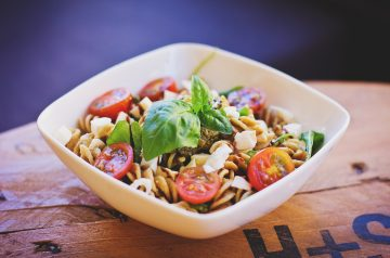 Very Easy and Tasty Pasta With Tomato and Feta