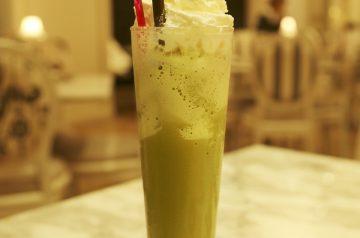 Green Tea and Berry Slushie